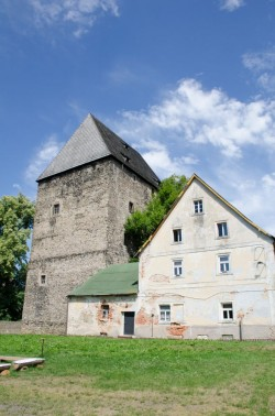 Siedlęcin - średniowieczna wieża